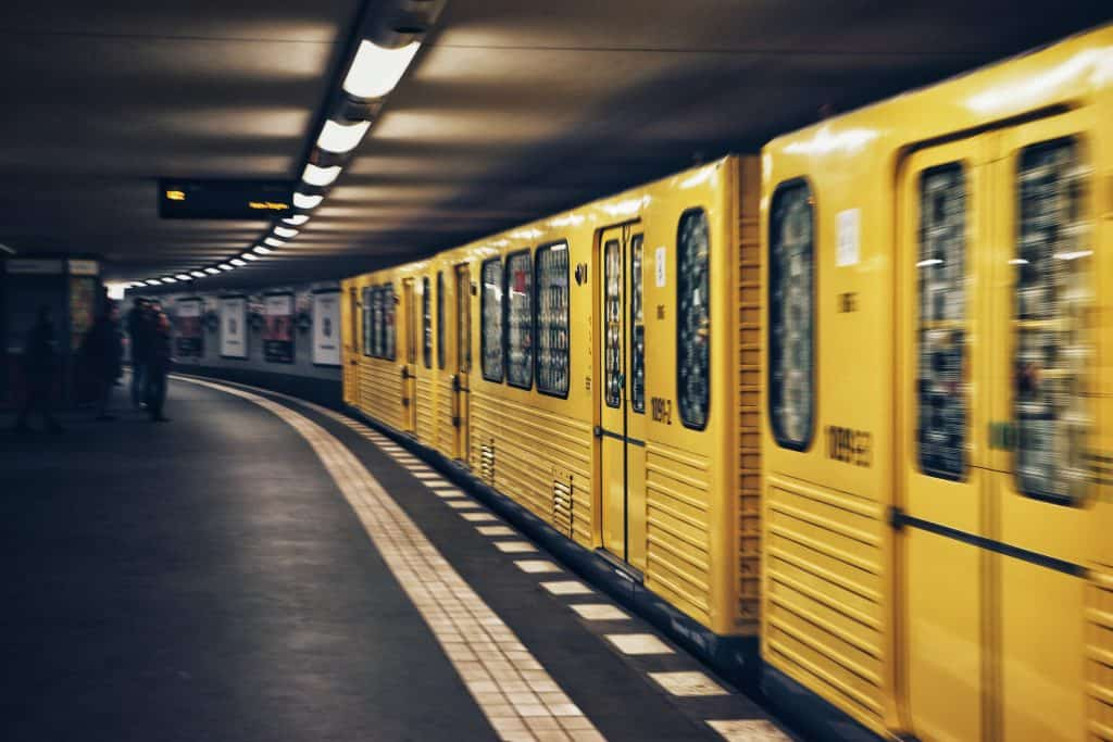 UBahn Yellow train - Berlin
