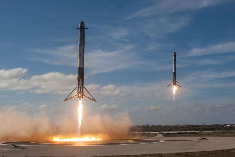 SpaceX nails double Booster Landing