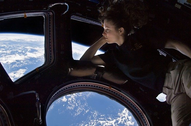 ISS Viewing port view of Earth